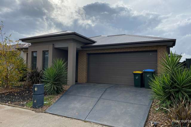 18 Mulgra View, Tarneit VIC 3029