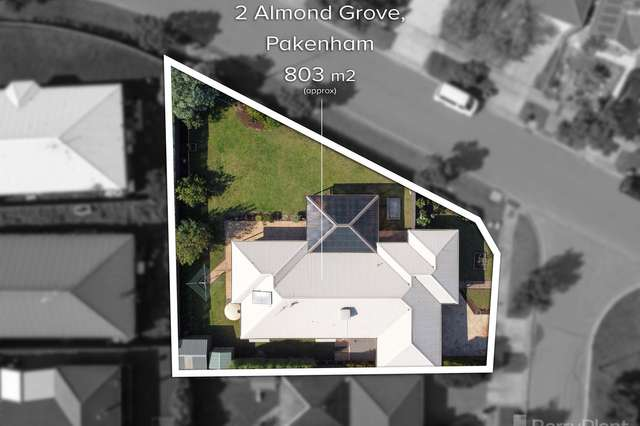 2 Almond Grove, Pakenham VIC 3810
