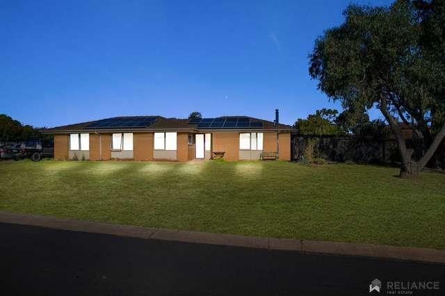 8 Nirvana Place, Melton West VIC 3337