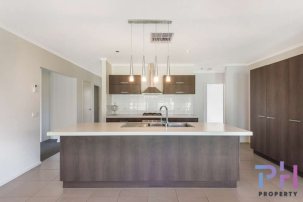 Second view of Homely house listing, 19 Henry Court, Strathfieldsaye VIC 3551