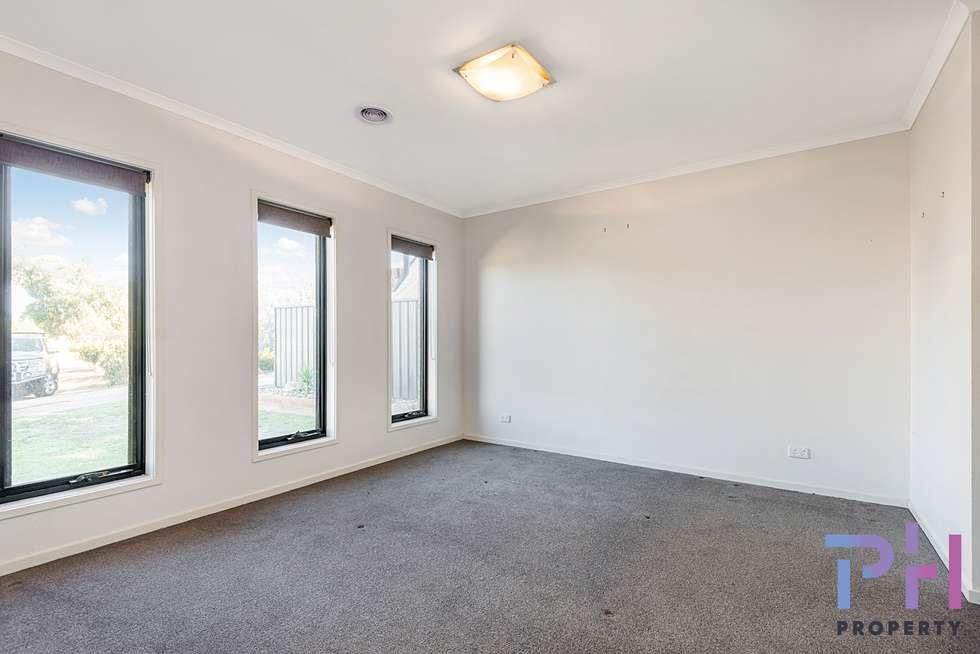 Third view of Homely house listing, 19 Henry Court, Strathfieldsaye VIC 3551