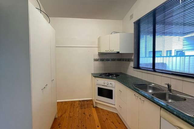 27 Hilltop Avenue, Blacktown NSW 2148