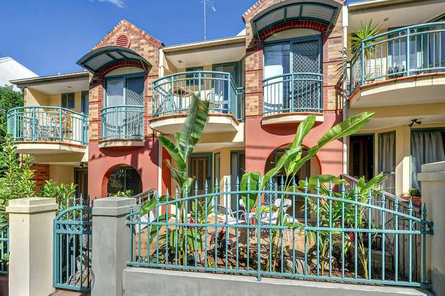 2/108 Victoria Street, Spring Hill QLD 4000