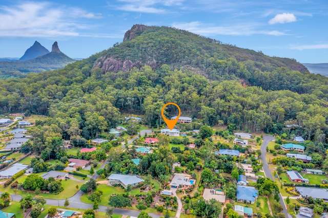 8 Knowles Place, Glass House Mountains QLD 4518