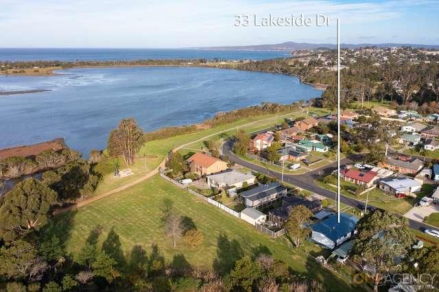 33 Lakeside Drive