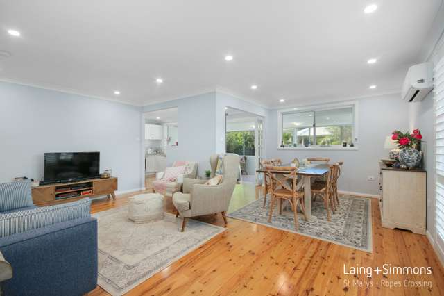 4 Shadlow Crescent, St Clair NSW 2759