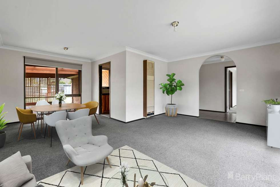 Third view of Homely house listing, 5 Tania Court, Pakenham VIC 3810
