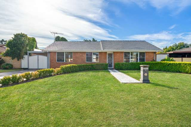 4 Chateau Crescent, St Clair NSW 2759