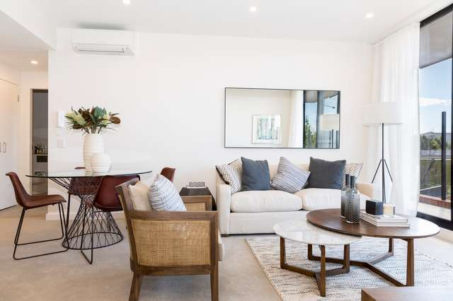 607/101C Lord Sheffield Circuit, Penrith NSW 2750