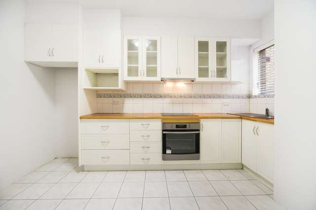 2/31 Queens Road, Westmead NSW 2145