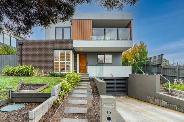 1/35 Ross Street, Doncaster East VIC 3109