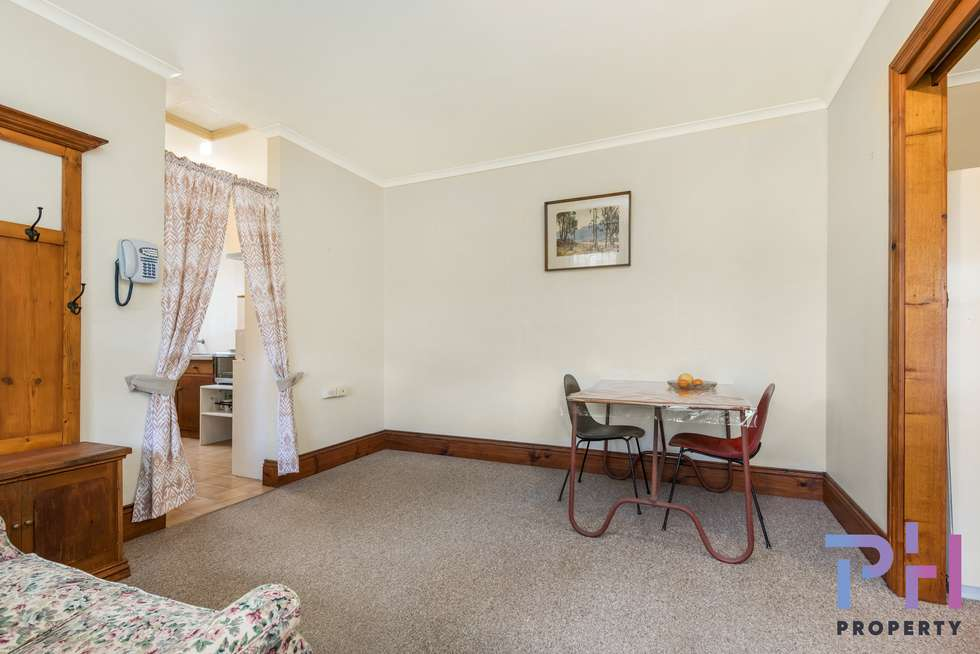 Fifth view of Homely unit listing, 8a Mackenzie Street West, Golden Square VIC 3555