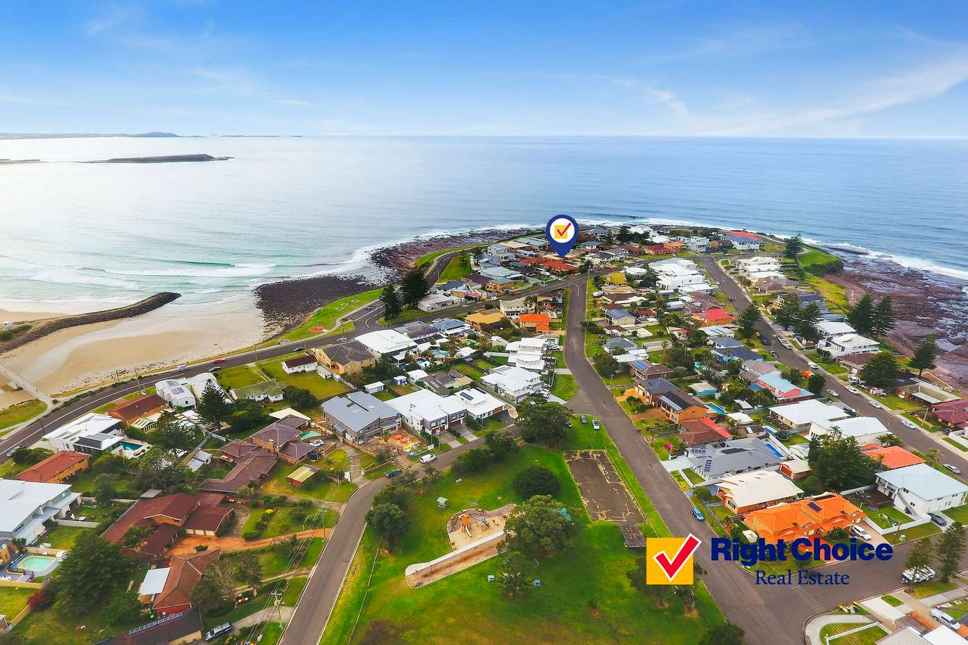 Main view of Homely townhouse listing, 2/13 Cliff Avenue, Barrack Point NSW 2528