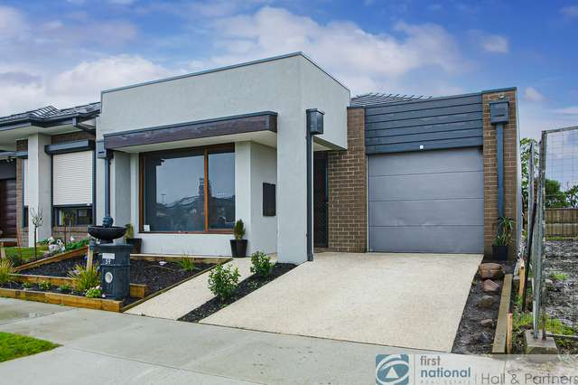 59 Athletic Circuit, Clyde VIC 3978