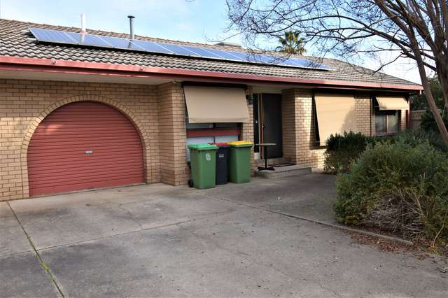 2/463 Hall Avenue, Lavington NSW 2641