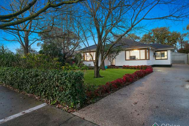 30 Airlie Grove, Seaford VIC 3198