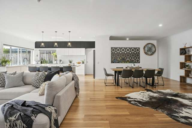 65 Crombie Avenue, Bundall QLD 4217