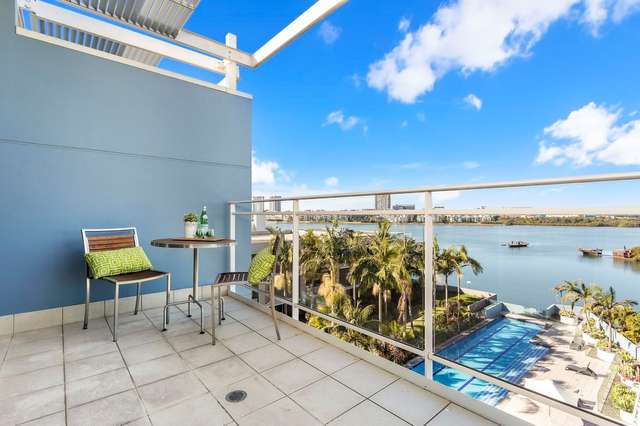 685/4 The Crescent, Wentworth Point NSW 2127