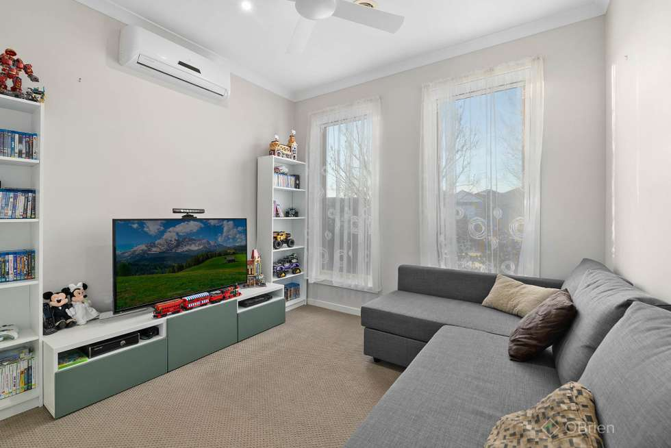 Second view of Homely house listing, 30 Flinders Park Drive, Officer VIC 3809
