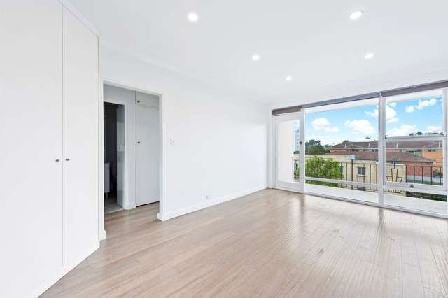 16/147 Pacific Parade, Dee Why NSW 2099