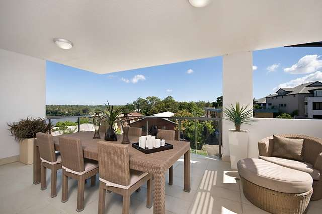 701/30 Riverview Terrace, Indooroopilly QLD 4068