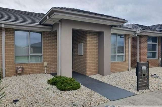 7 Avebury Place, Officer VIC 3809