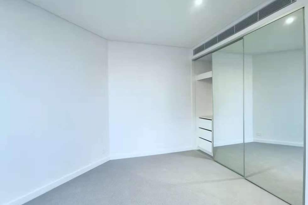 Third view of Homely apartment listing, 808/81 Harbour Street, Haymarket NSW 2000