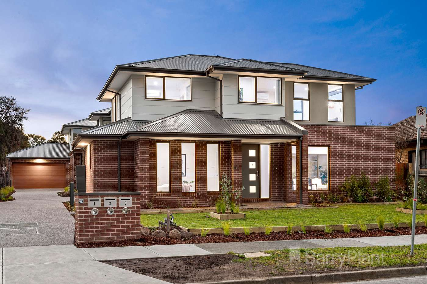 Main view of Homely townhouse listing, 1/27 Richards Avenue, Watsonia VIC 3087