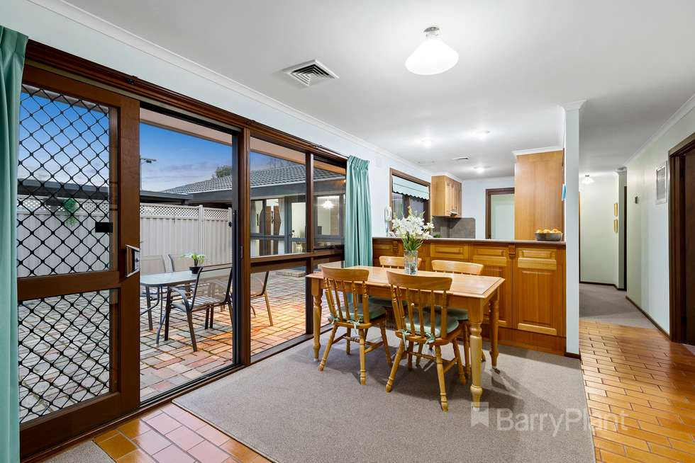 Third view of Homely house listing, 4 Iona Court, Macleod VIC 3085