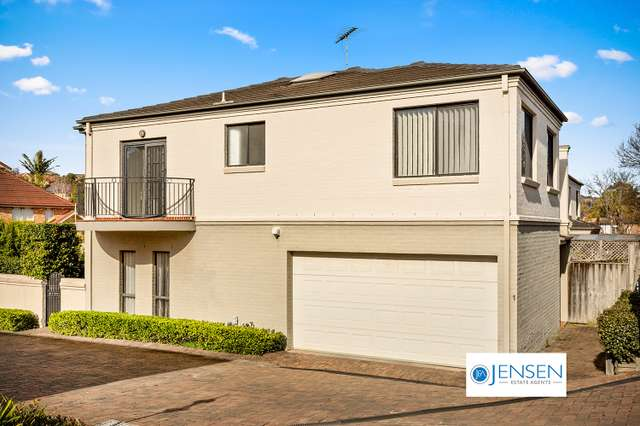 1/4 Hindle Terrace
