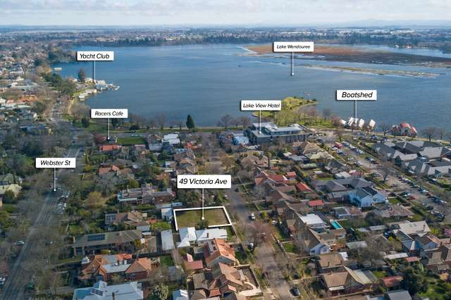 49 Victoria Avenue, Lake Wendouree VIC 3350