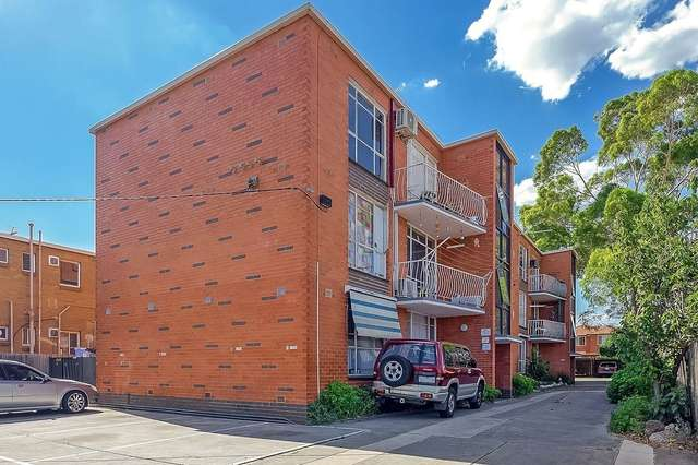 4/2 Forrest Street, Albion VIC 3020