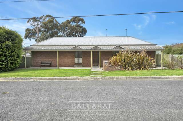 1201 Geelong Road, Mount Clear VIC 3350