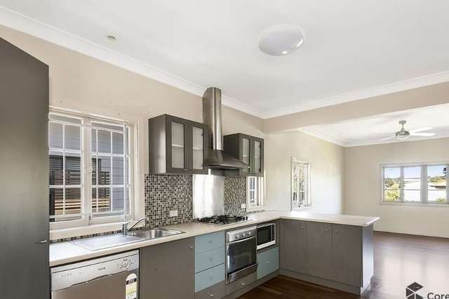 10 Newcross Street, Indooroopilly QLD 4068