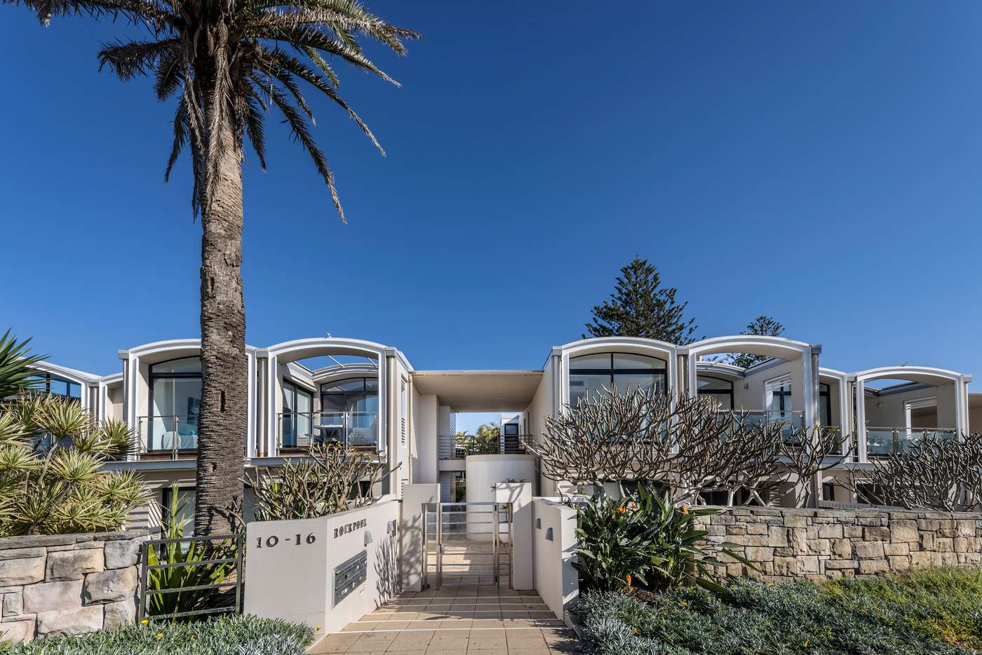 Main view of Homely townhouse listing, 15/10-16 Surfview Road, Mona Vale NSW 2103