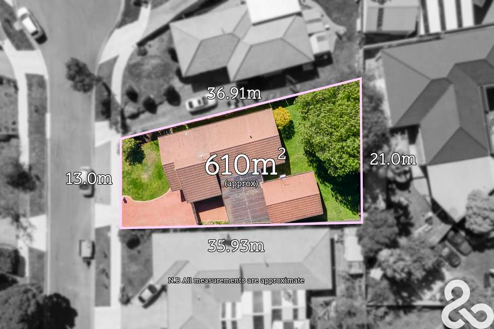 Second view of Homely house listing, 11 Clayton Court, Mill Park VIC 3082