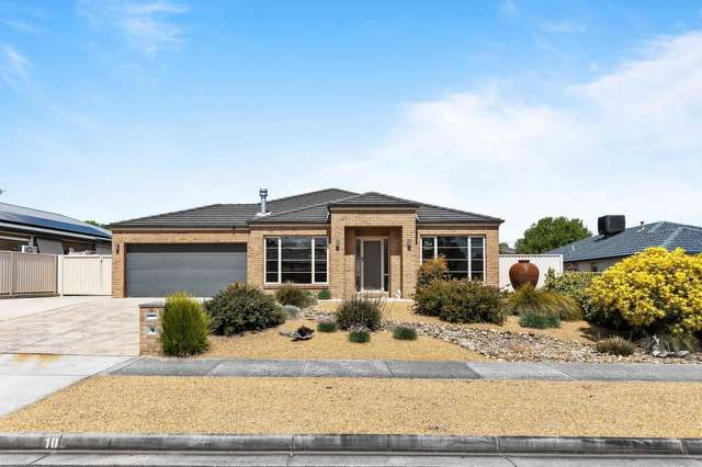 10 Tulloch Rise, Canadian VIC 3350