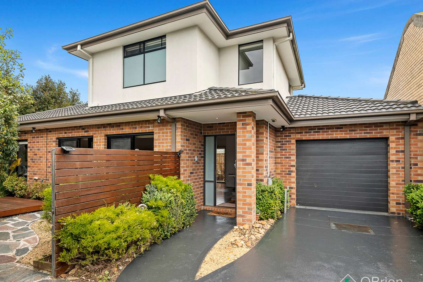 Main view of Homely townhouse listing, 2/273 Warrigal Road, Cheltenham VIC 3192