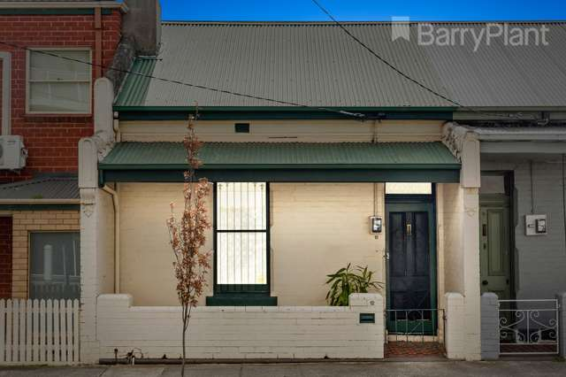1/12 Robbs Parade, Northcote VIC 3070