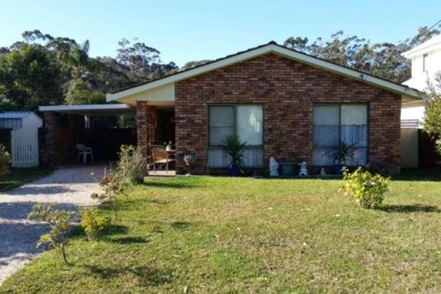 11 Venus Avenue, Lake Tabourie NSW 2539
