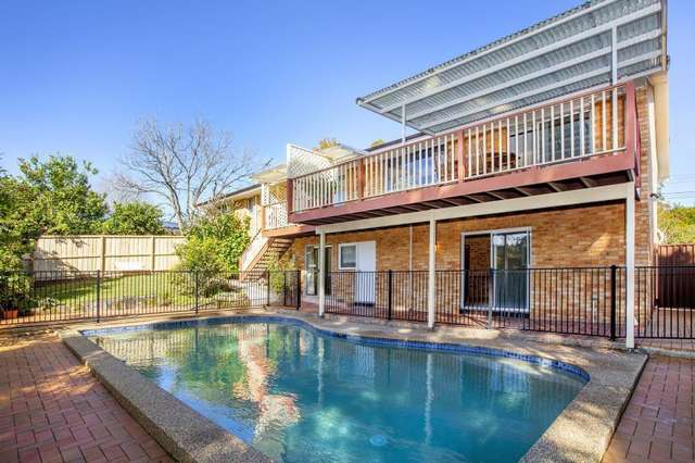 6 Barrakee Place, Westleigh NSW 2120