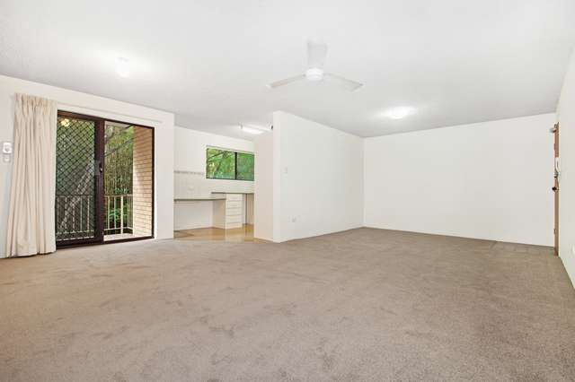 3/133 Central Avenue, Indooroopilly QLD 4068