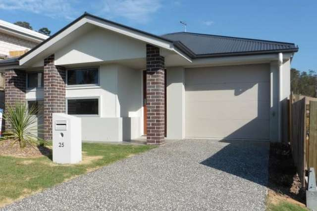 25 Willow Rise Drive, Waterford QLD 4133