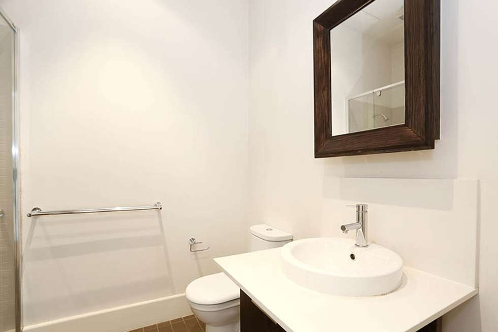 Fourth view of Homely apartment listing, 4/29 Manchester Lane, Parkville VIC 3052