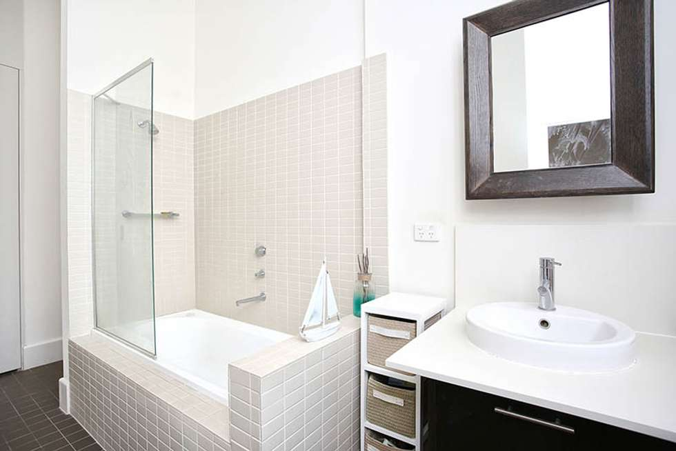 Third view of Homely apartment listing, 2/29 Manchester Lane, Parkville VIC 3052