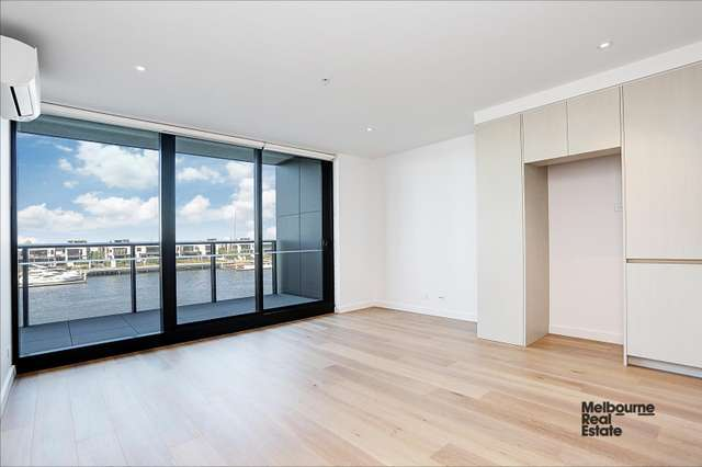 207/915 Collins Street, Docklands VIC 3008