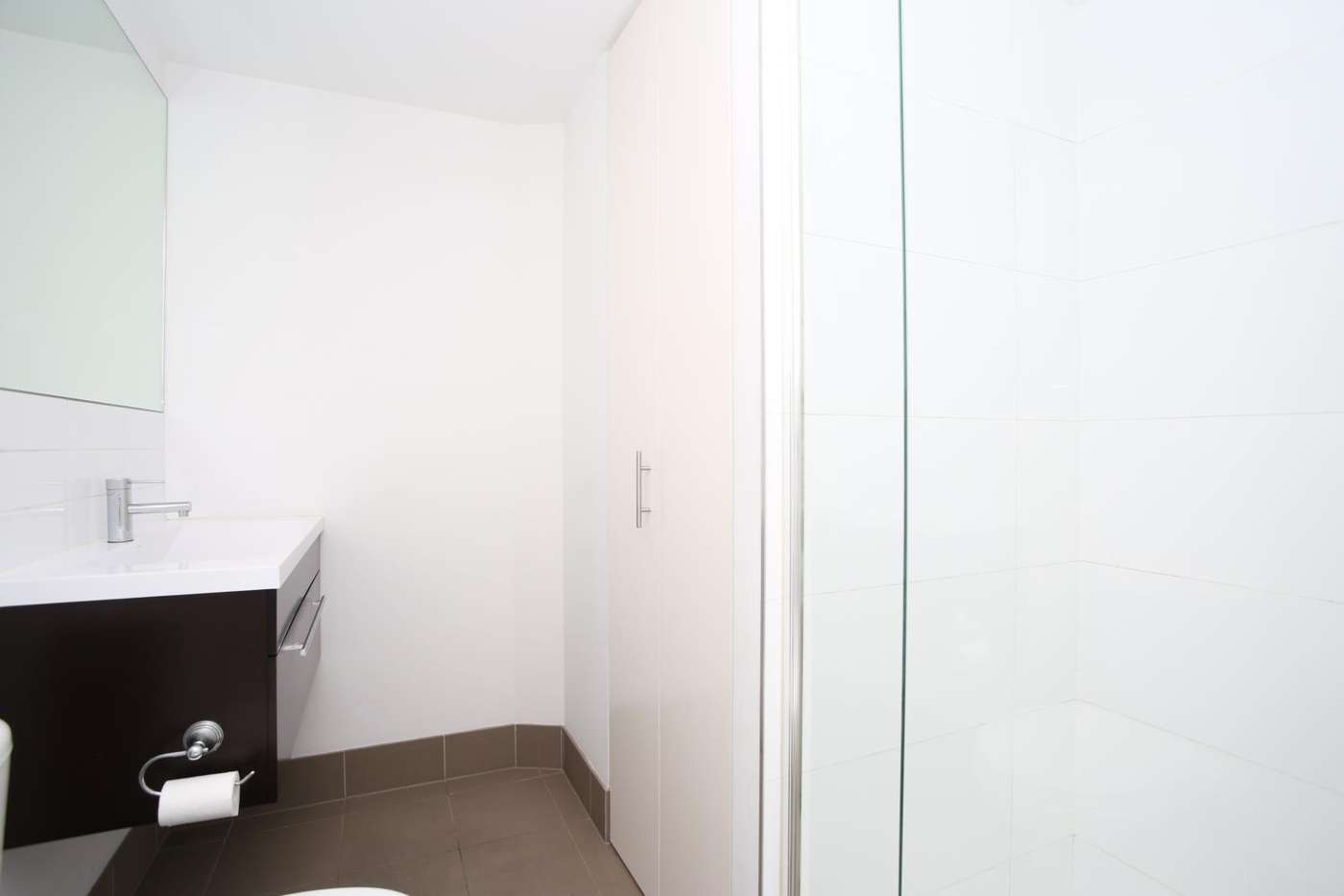 Sixth view of Homely apartment listing, 3203/109 Clarendon Street, Southbank VIC 3006