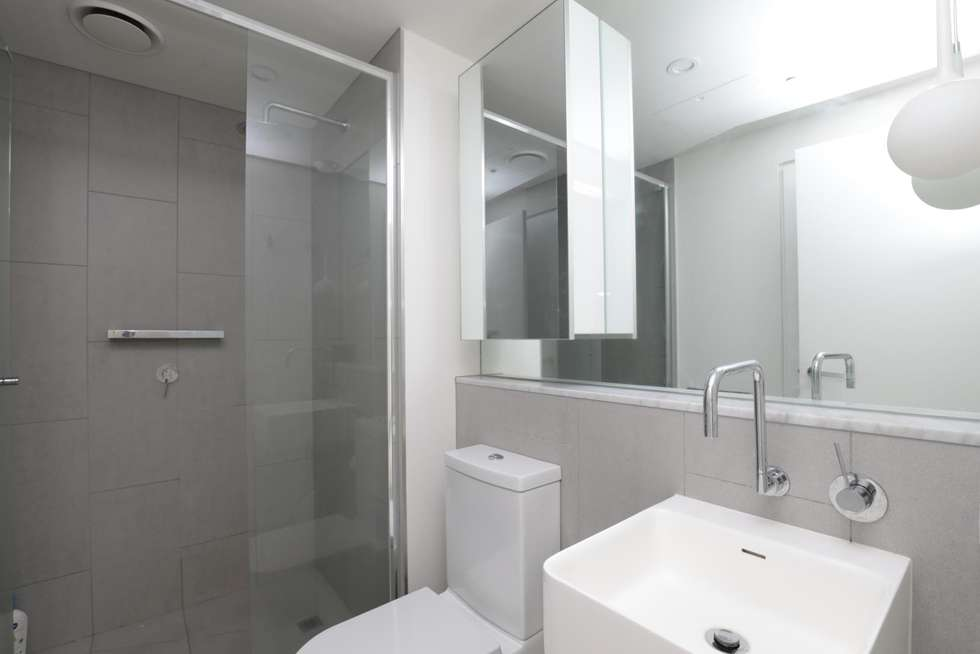 Fourth view of Homely unit listing, 704/52 Park Street, South Melbourne VIC 3205