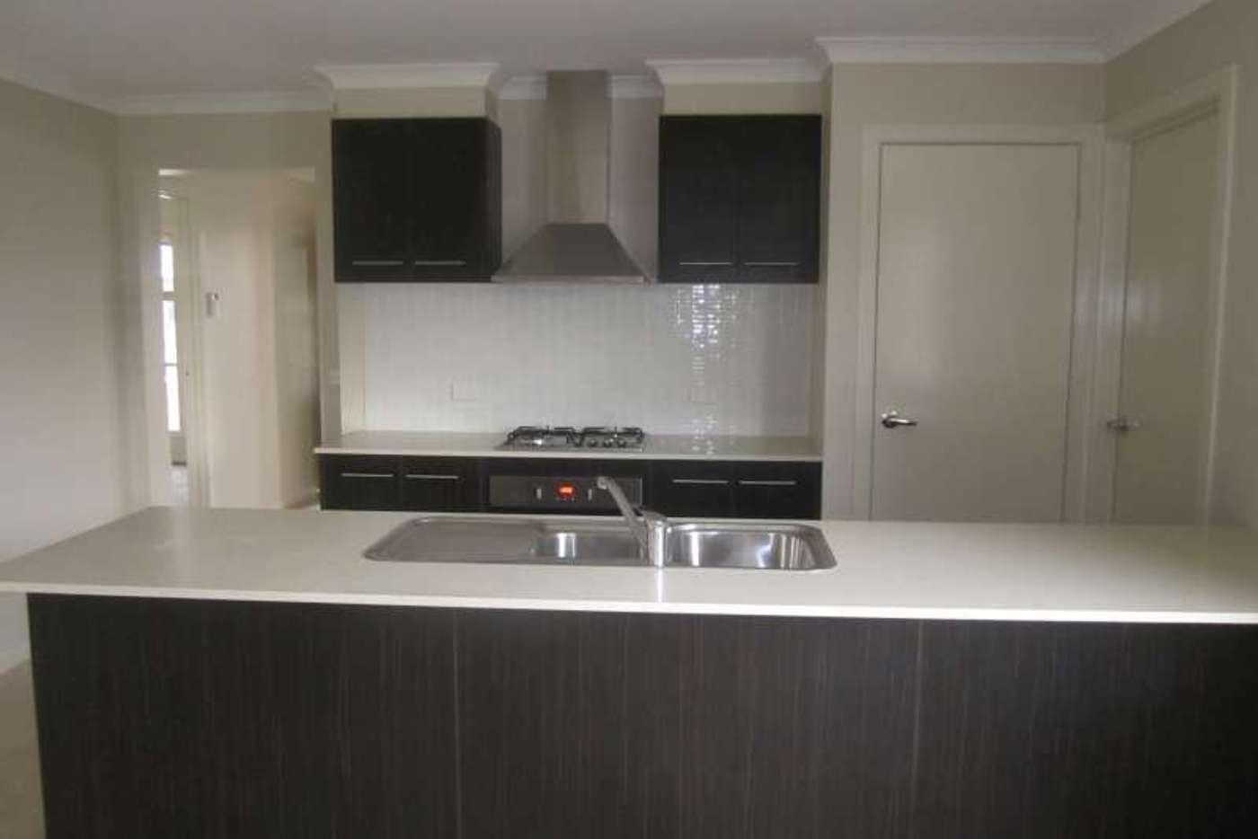 Main view of Homely house listing, 5 Narmara Mews, Wyndham Vale VIC 3024