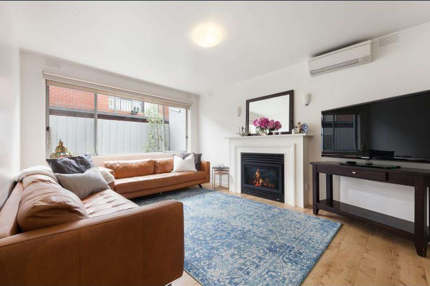 Main view of Homely unit listing, 2/6 Robert Street, Elwood VIC 3184